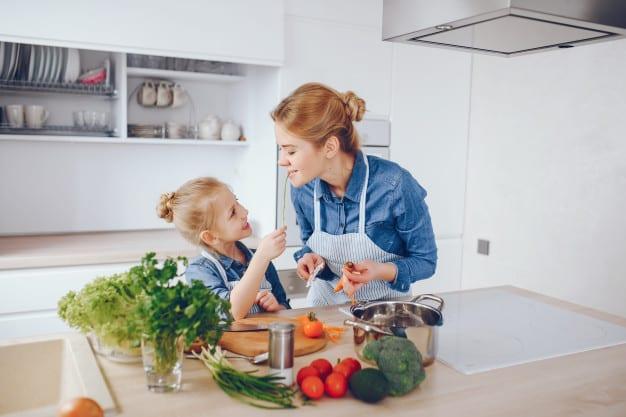 כיצד לשדרג את המטבח עם כמה אביזרים פשוטים?